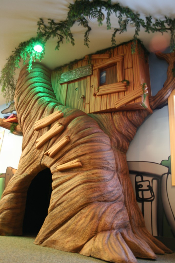 tree house prop