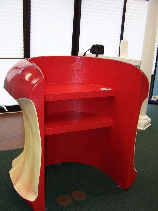 apple check in desk prop