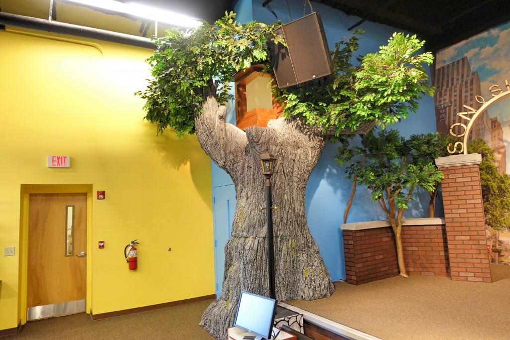 Foam Tree Themed Environment