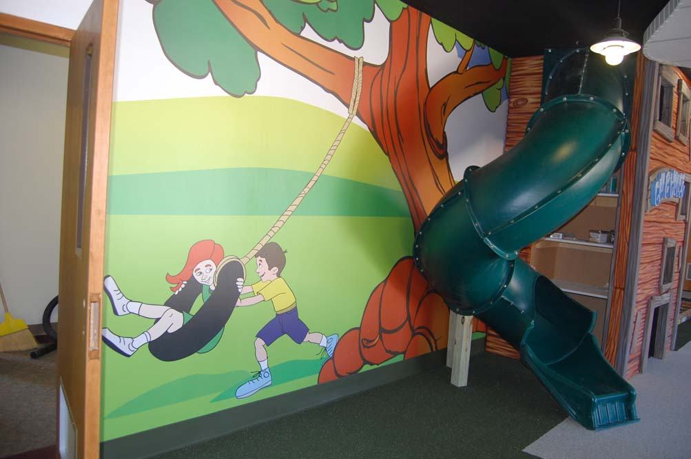 Club House Play Indoor Slide and Wall Mural