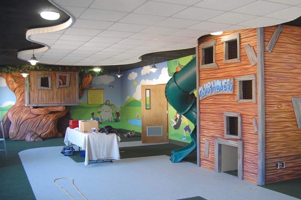 Club House Themed Indoor Playground