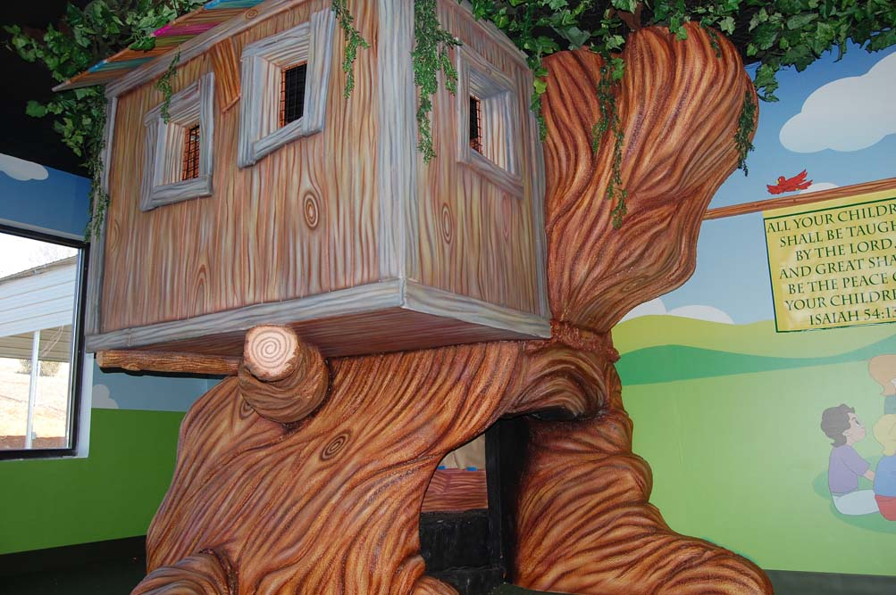 Tree House Play Prop